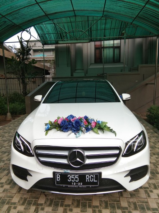 Wedding Car Mercy E300 Tahun 2017